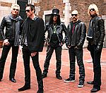 Velvet Revolver 'Offered Reality TV Show To Recruit Scott Wieland Replacement'