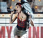 Amy Winehouse Bailed Following Drug Arrest