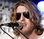 Andy Burrows Leaves Razorlight For 'Personal Reasons'