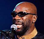 Isaac Hayes Memorial Service Attracts Thousands Of Music Fans