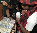 Lil Wayne Given 1 Million Dollars In Cash For His Birthday