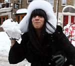 Lily Allen Has Snowball Fight With Paparazzi