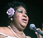 Aretha Franklin Takes Break From Limelight