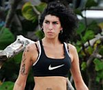 Amy Winehouse 'In Denial' About Drug Addiction