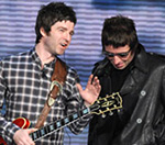 'Oasis's Noel and Liam Gallagher To Fight At The NME Awards' Given 8/1 Odds
