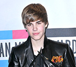 Justin Bieber: Kanye West Doesn't Use A Phone