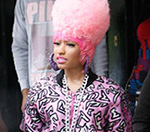 Nicki Minaj Chased By Police On London Sightseeing Tour